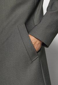 Selected Homme - SLHASHFORD FLEX COAT - Klassisk kappa / rock - white/salt/pepper - 4