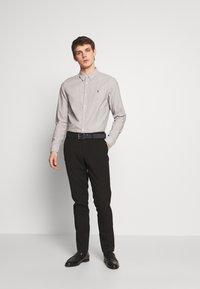 AllSaints - BEDFORD - Košile - white/light grey - 1