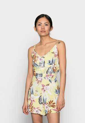 ONLNOVA LIFE MALIBU PLAYSUIT - Jumpsuit - pale green