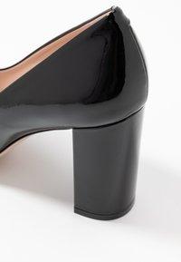 HUGO - EXCLUSIVE INES CHUNKY  - Zapatos altos - black - 2
