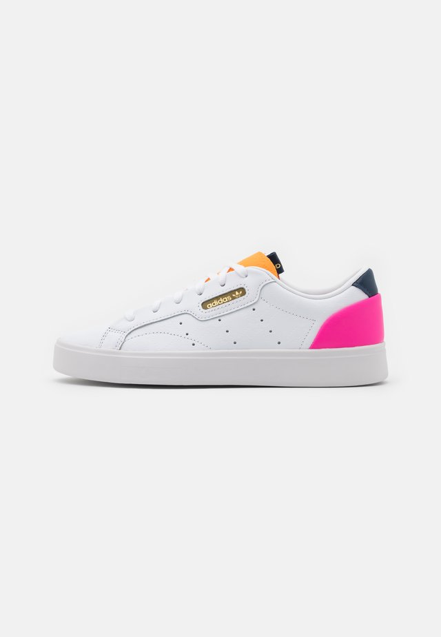 SLEEK  - Baskets basses - footwear white/hazy orange/screaming pink