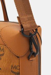 MCM - SOFT BERLIN VISETOS TOTE MED UNISEX - Handbag - cognac - 4