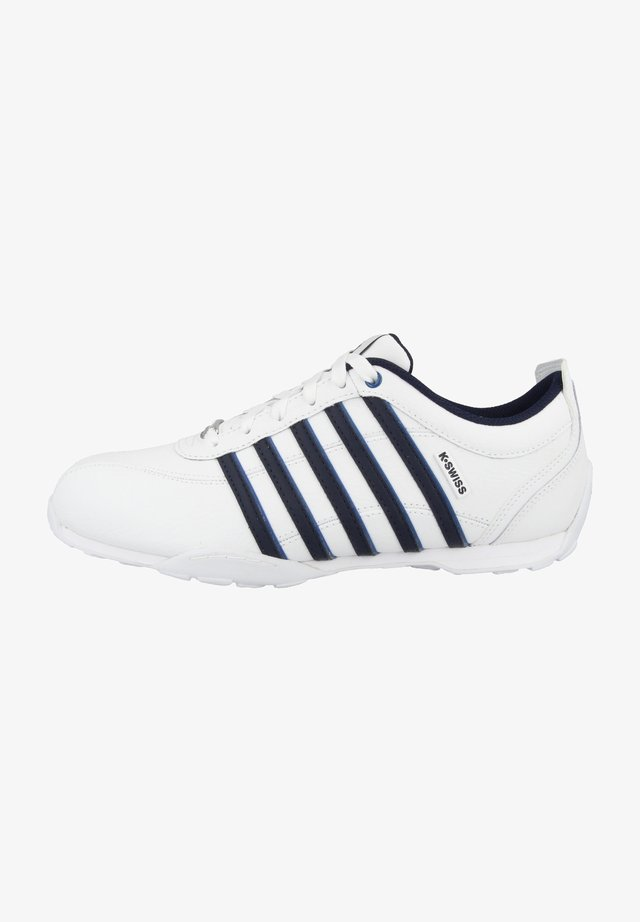 ARVEE - Sneakers laag - white-navy-classic blue