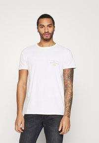 Quiksilver - DESERT TRIPPN  - Print T-shirt - snow white - 2