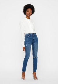 Vero Moda - JAPANISCHER - Button-down blouse - bright white - 1