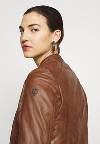 Gipsy - TALIDA - Leather jacket - cognac - 5