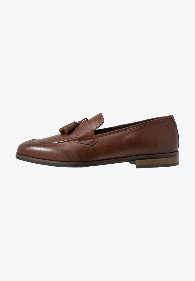 VICENTE - Smart slip-ons - tan