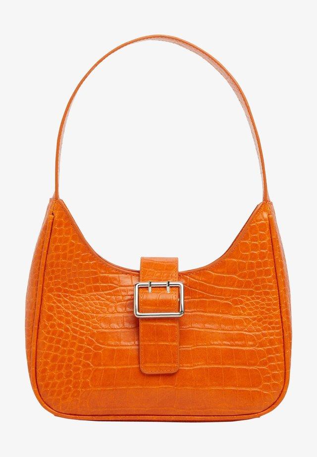 MIT KROKOPRÄGUNG - Handbag - orange