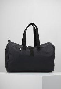 Bree - PUNCH - Weekendbag - black - 2