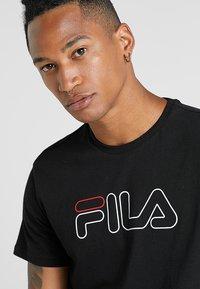 Fila - PAUL TEE - Print T-shirt - black - 3