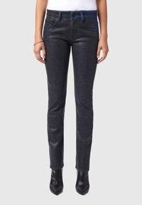 Diesel - D-LYLA - Slim fit jeans - black/dark grey - 0