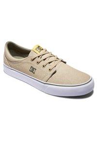 DC Shoes - TRASE SE - Baskets basses - brown/dk olive - 2