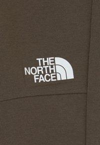 The North Face - SLACKER  - Teplákové kalhoty - new taupe green - 2