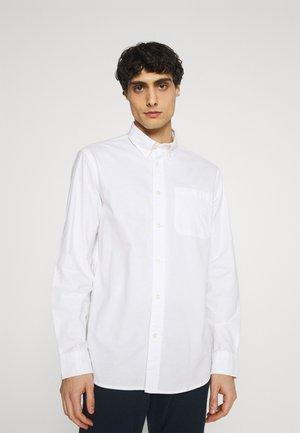 SLHREGRICK FLEX - Overhemd - white