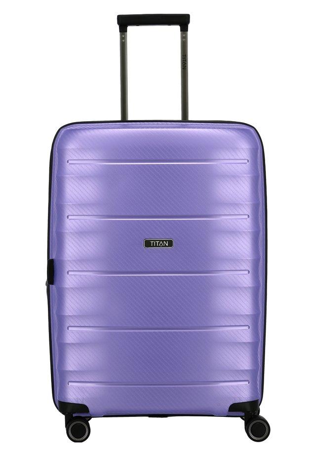 HIGHLIGHT - Valise à roulettes - lilac metallic