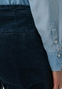 BRAX - STYLE MAREEN - Trousers - faded blue - 4