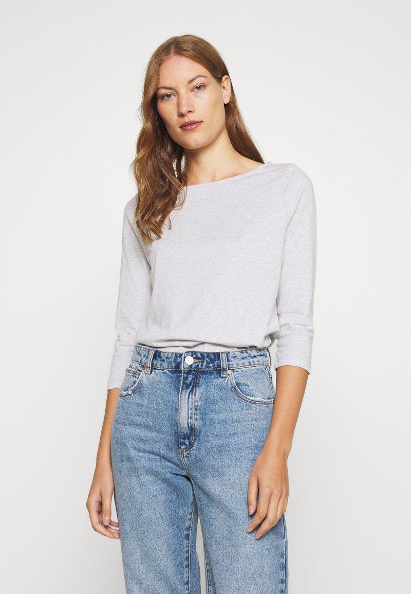 Calvin Klein - 3/4 BOATNECK  - Top sdlouhým rukávem - light grey heather