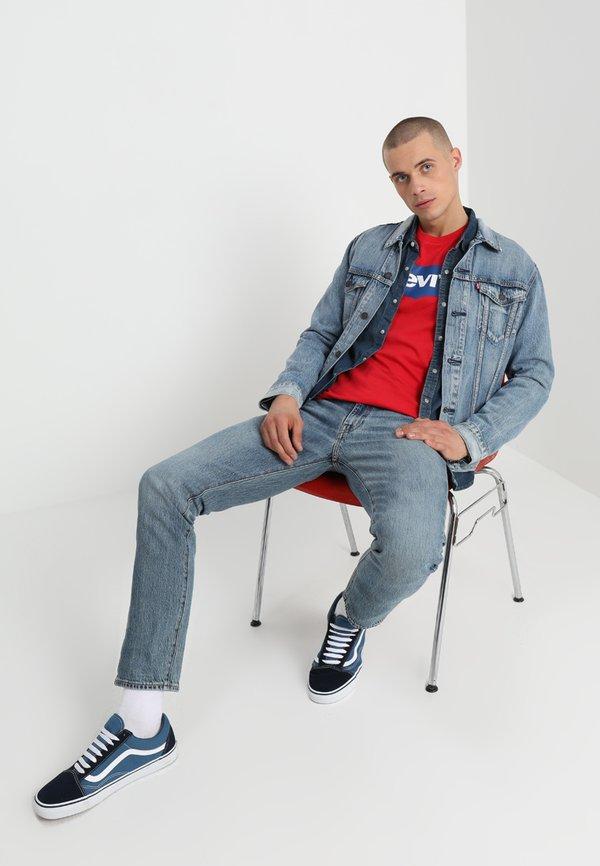 Levi's® THE TRUCKER JACKET - Kurtka jeansowa - killebrew/jasnoniebieski Odzież Męska DFMU