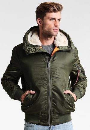 HOODED STANDART FIT - Light jacket - dark green