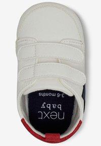 Next - STAR PRAM - Touch-strap shoes - white - 2