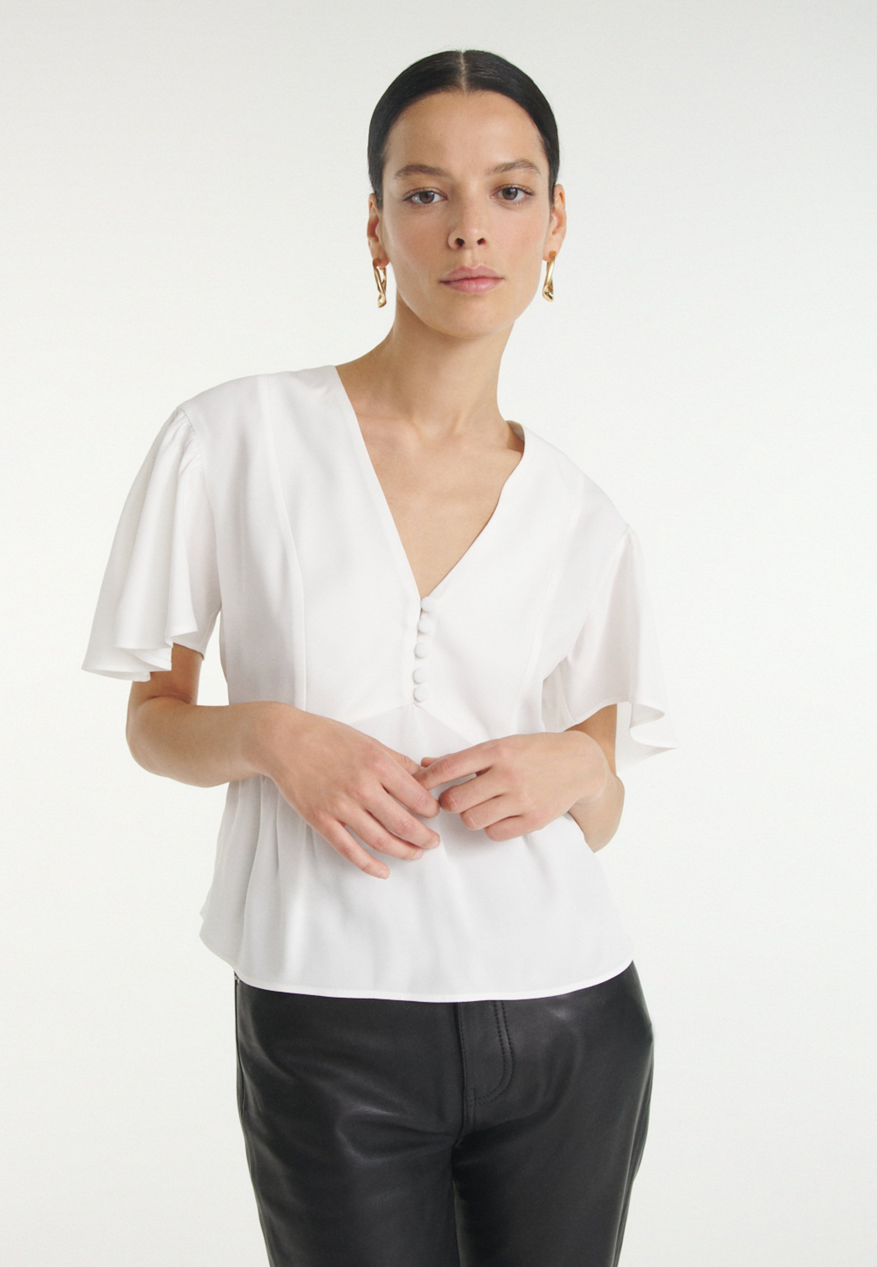 Femme WITH RUFFLED SLEEVES - Blouse