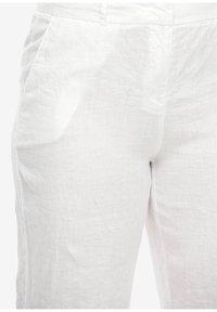 Triangle - Shorts - white - 2