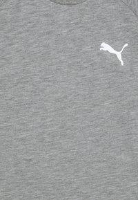 Puma - EVOSTRIPE TEE - Jednoduché triko - medium gray heather - 2