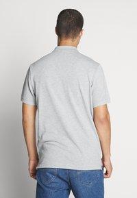 Nike Sportswear - MATCHUP - Polotričko - grey heather/white - 2
