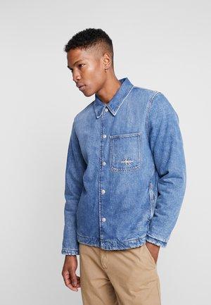 PADDED JACKET - Light jacket - mid blue