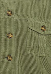 Cotton On - BUTTON SHACKET - Summer jacket - oil green - 2