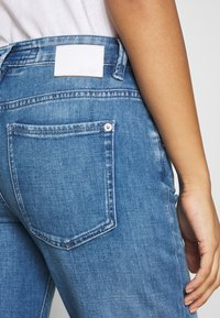 DRYKORN - LIKE - Relaxed fit jeans - blue denim - 3