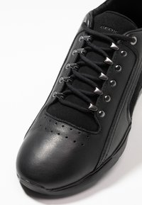 Geox - HIVER - Trainers - black - 2