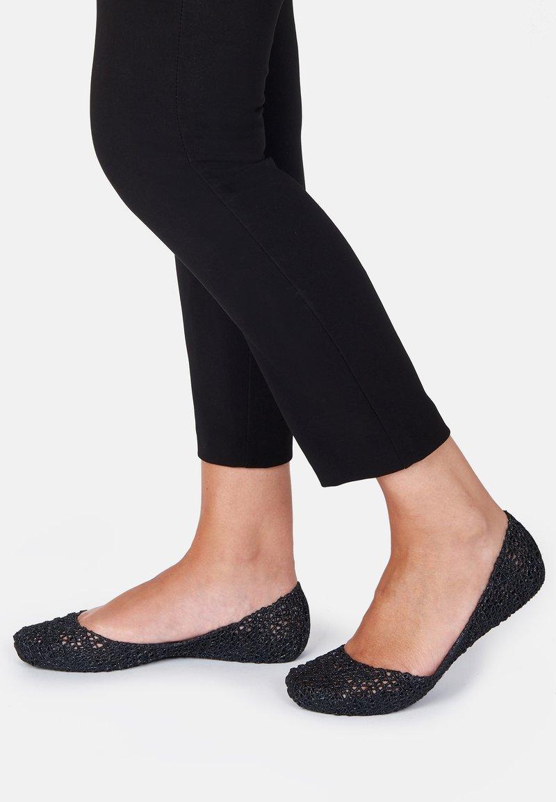 Melissa - CAMPANA PAPEL - Ballet pumps - black