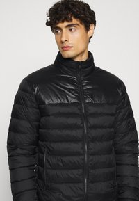 Selected Homme - SLHNATHAN PUFFER - Light jacket - black - 3