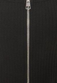 Calvin Klein Jeans - STRAPPY ZIPPER - Top - black - 2