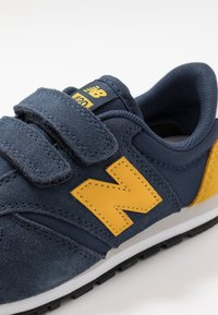 New Balance - YV420YY - Trainers - navy - 2