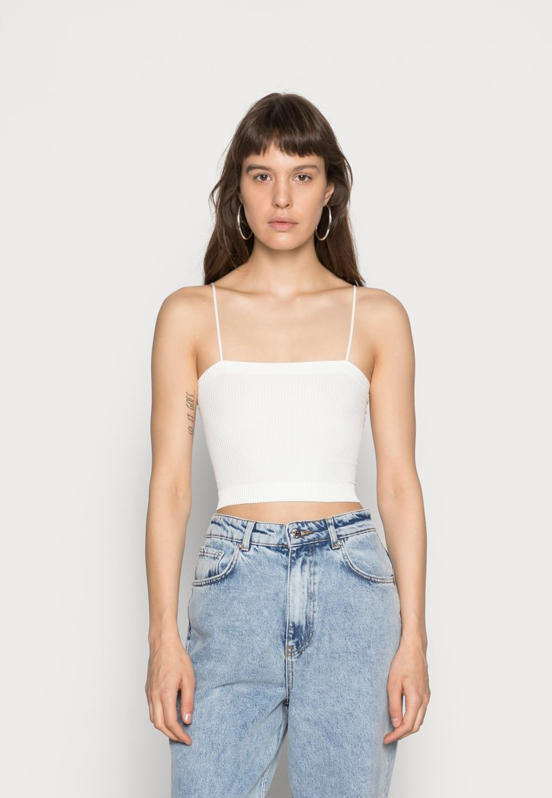 BDG Urban Outfitters - HARRIET STRAIGHT NECK CAMI - Top - white