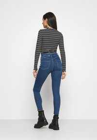 New Look - LIFT AND SHAPE - Jeggings - mid blue - 2