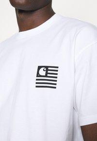 Carhartt WIP - WAVY STATE - T-shirt print - white/black - 3