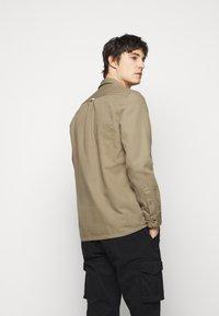 forét - BOAR OVERSHIRT - Summer jacket - stone - 2