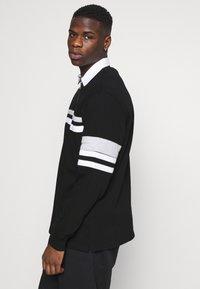 Weekday - OMAR HALFZIP - Polo shirt - black - 3