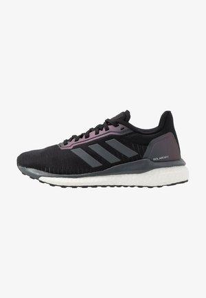 SOLAR DRIVE 19 - Neutral running shoes - core black/grey six/footwear white