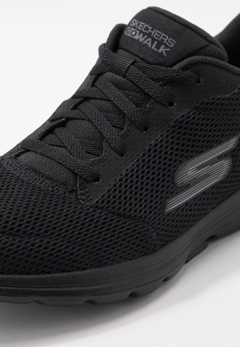 Saliente Sucio límite  Skechers Performance GO WALK 5 - Zapatillas para caminar - black/negro -  Zalando.es