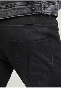 CHASIN' - CROWN RIX - Jeans Tapered Fit - black - 3