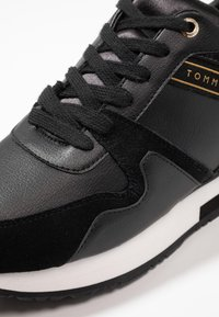 Tommy Hilfiger - WEDGE  - Trainers - black - 2