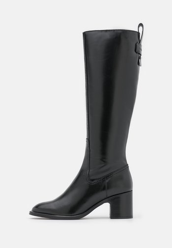 ANNYLEE - Vysoká obuv - black