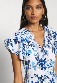 Banana Republic - VNECK HI LOW - Robe longue - blue - 5