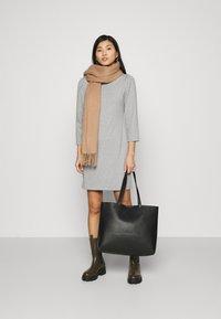 GAP - DRESS - Sukienka dzianinowa - heather grey - 1