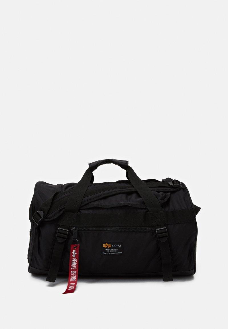 Alpha Industries - CREW DUFFLE BAG UNISEX - Viikonloppukassi - black