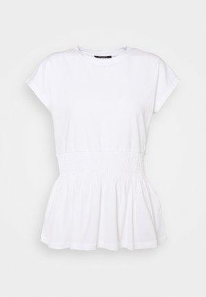 CARLA TEE - Jednoduché triko - white